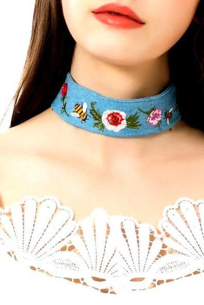 Original Retro National Style Cowboy Embroidery Necklace