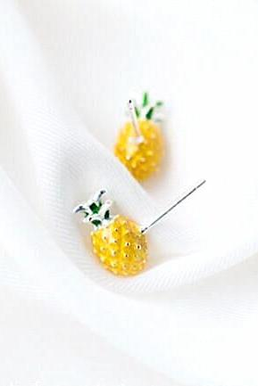 Fashion Green Yellow Pineapple Earrings