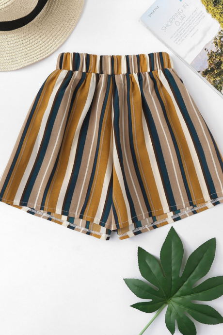 Fashionable color stripe wide leg casual shorts