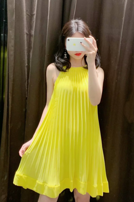 2019 summer new loose slim pleated ruffled strap dress