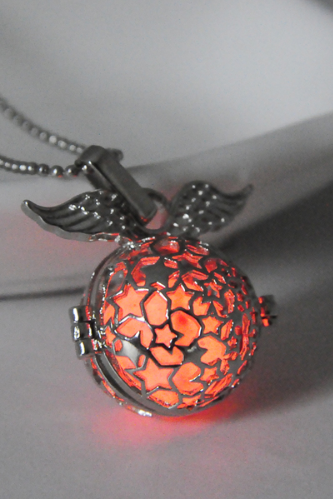 Star hollow fluorescent luminous necklace