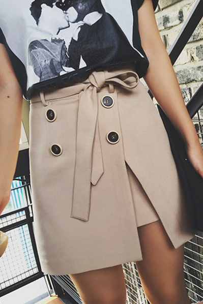 Street beat feel the texture khaki double-breasted belt design skirts