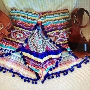 CUTE FLORAL FASHION SHORTS
