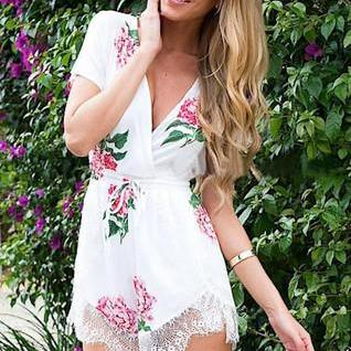 Hot Flower Lace Romper Jum..